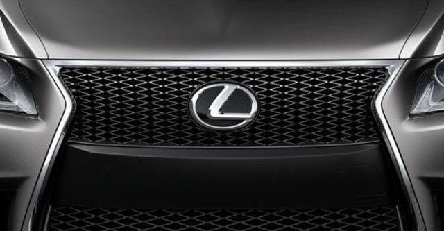 2013 Lexus LS 460 F-Sport  第10張相片