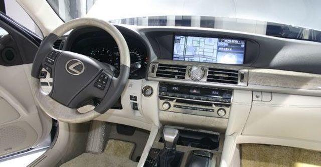 2013 Lexus LS 460L OTTOMAN  第4張相片