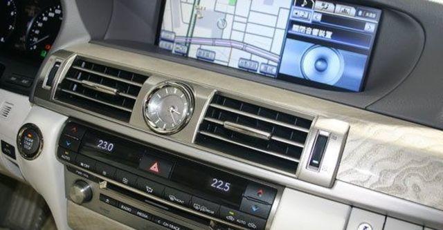 2013 Lexus LS 460標準版  第11張相片