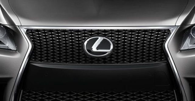 2013 Lexus LS 600h F-Sport  第4張相片