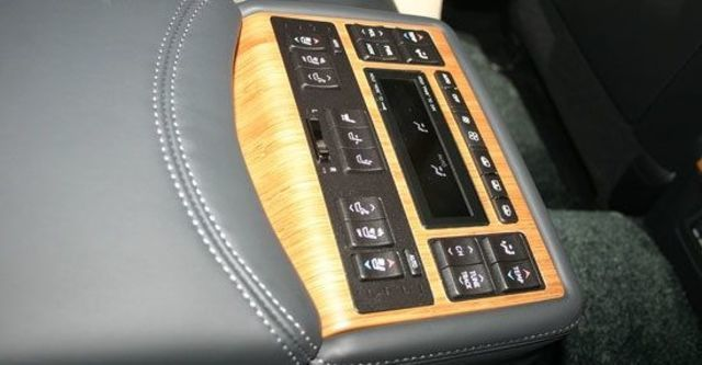 2013 Lexus LS 600hL  第10張相片