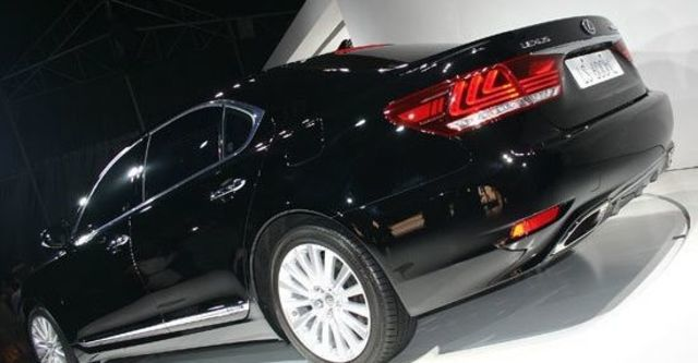 2013 Lexus LS 600hL OTTOMAN  第3張相片