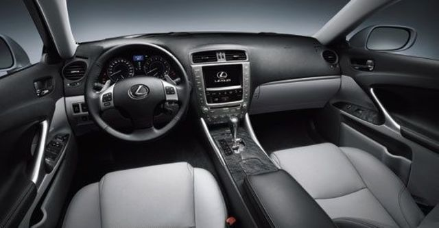 2012 Lexus IS 250 頂級Navi版  第7張相片