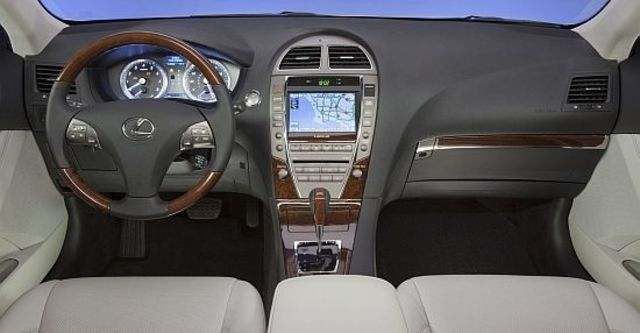 2011 Lexus ES 350 豪華版  第5張相片