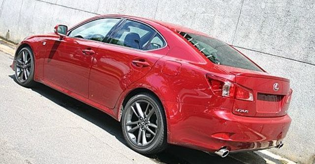 2011 Lexus IS 250 F-Sport  第3張相片