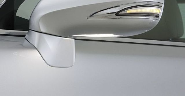 2011 Lexus LS 460  第4張相片