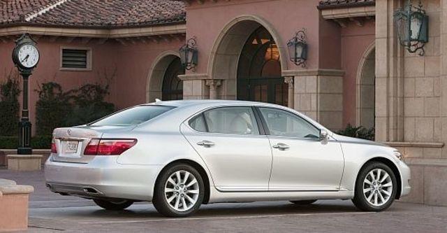 2011 Lexus LS 460L  第3張相片