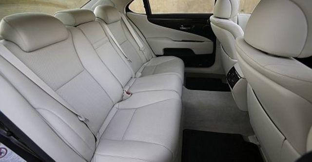 2011 Lexus LS 600hL  第8張相片