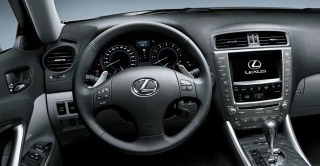 2010 Lexus IS 250 F-Sport  第5張相片