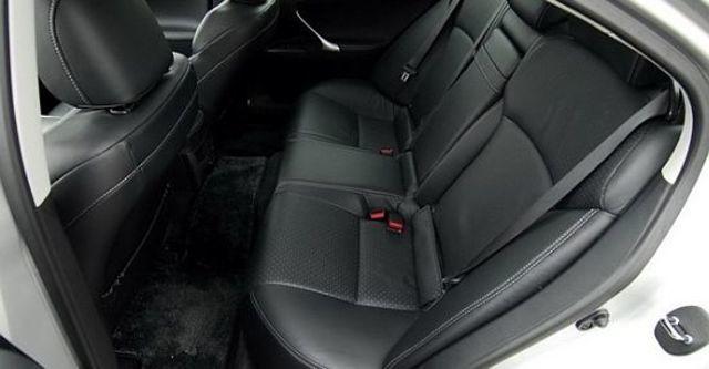2010 Lexus IS 250 頂級Navi版  第8張相片