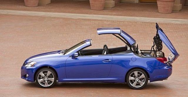 2010 Lexus ISC 250 勁馳Sporty版  第4張相片