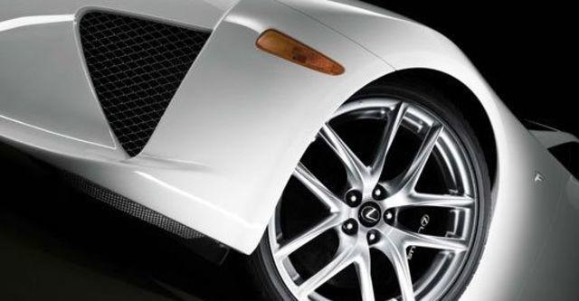 2010 Lexus LFA 4.8  第7張相片