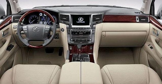 2010 Lexus LX 570  第5張相片