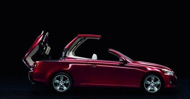 2009 Lexus ISC Sporty版  第5張相片