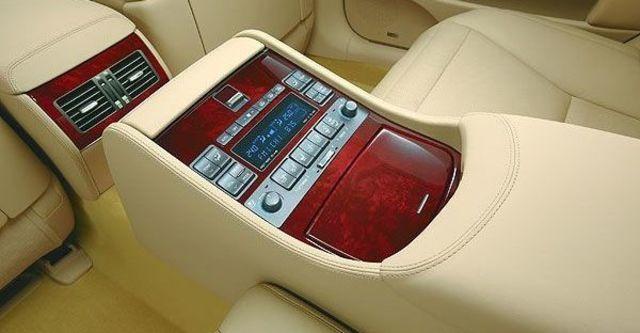 2008 Lexus LS 600hL 四人座  第6張相片