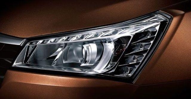 2013 Luxgen 5 Sedan 1.8手排型  第3張相片