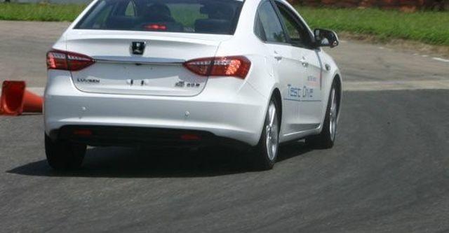 2013 Luxgen 5 Sedan 1.8手排型  第5張相片