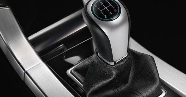 2013 Luxgen 5 Sedan 1.8手排型  第7張相片