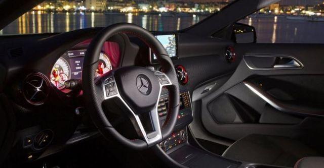 2015 M-Benz A-Class A250 Sport  第8張相片