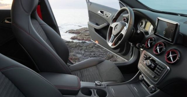 2015 M-Benz A-Class A250 Sport  第9張相片