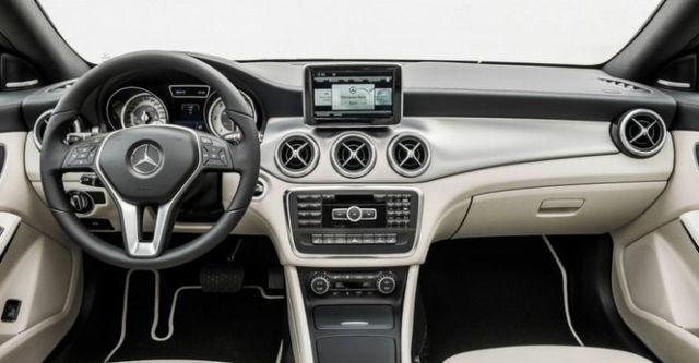 2015 M-Benz CLA Shooting Brake CLA200  第8張相片
