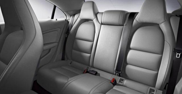 2015 M-Benz CLA-Class CLA220 CDI  第9張相片