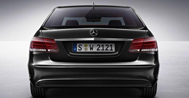 2015 M-Benz E-Class Sedan E200 Classic  第5張相片