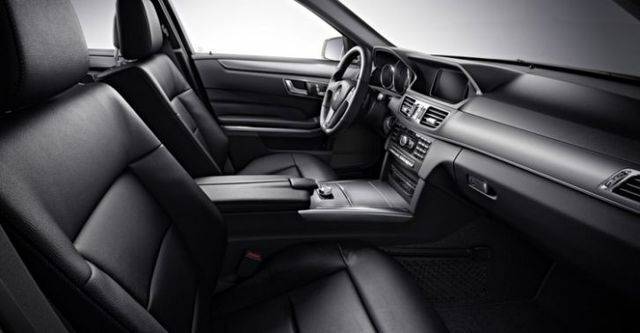 2015 M-Benz E-Class Sedan E220 BlueTEC Avantgarde  第7張相片