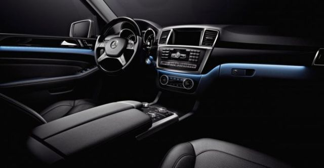 2015 M-Benz M-Class ML350 BlueTEC 4MATIC  第8張相片