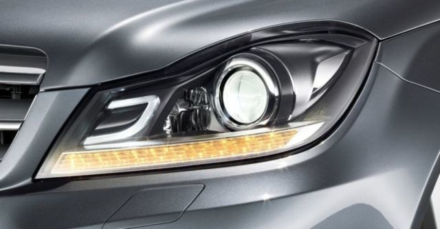 2014 M-Benz C-Class Sedan C220 CDI  BlueEFFICIENCY Classic標準版  第4張相片