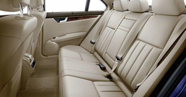 2014 M-Benz C-Class Sedan C220 CDI  BlueEFFICIENCY Classic標準版  第10張相片