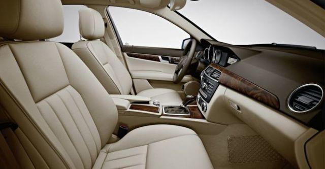 2014 M-Benz C-Class Sedan C300 BlueEFFICIENCY Avantgarde  第9張相片