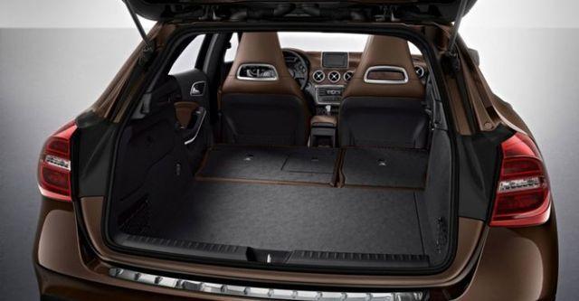 2014 M-Benz GLA-Class GLA220 CDI 4MATIC  第10張相片