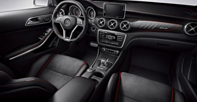 2014 M-Benz GLA-Class GLA45 AMG 4MATIC  第7張相片