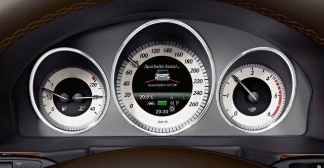 2014 M-Benz GLK-Class GLK300 4MATIC BlueEFFICIENCY  第9張相片