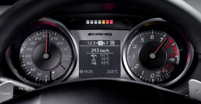 2014 M-Benz SLS AMG 6.3  第9張相片