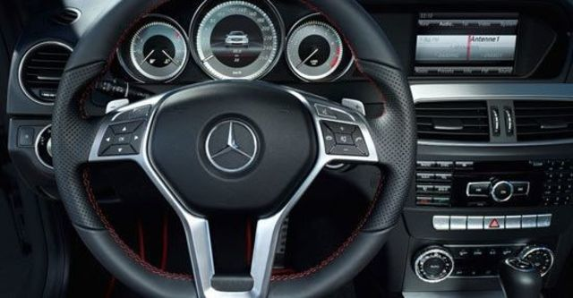 2013 M-Benz C-Class Coupe C250 Sport BlueEFFICIENCY  第8張相片