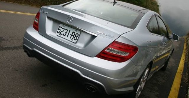 2013 M-Benz C-Class Coupe C350 BlueEFFICIENCY  第3張相片