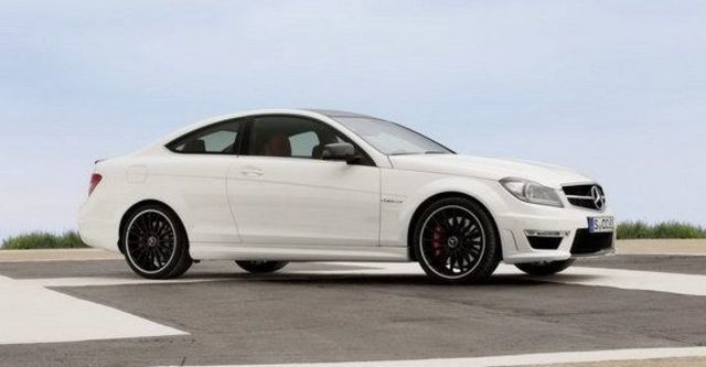 2013 M-Benz C-Class Coupe C63 AMG  第3張相片