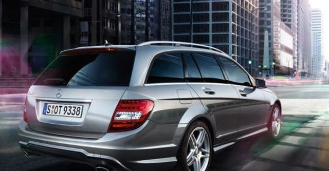 2013 M-Benz C-Class Estate C300 Avantgarde  第3張相片