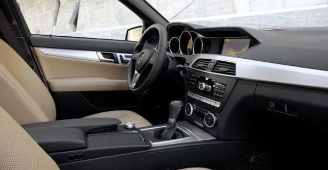 2013 M-Benz C-Class Sedan C300 BlueEFFICIENCY Avantgarde  第12張相片