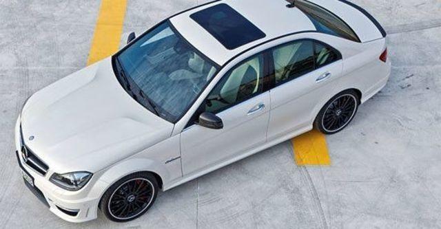 2013 M-Benz C-Class Sedan C63 AMG  第4張相片