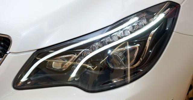 2013 M-Benz E-Class Coupe(NEW) E200  第11張相片