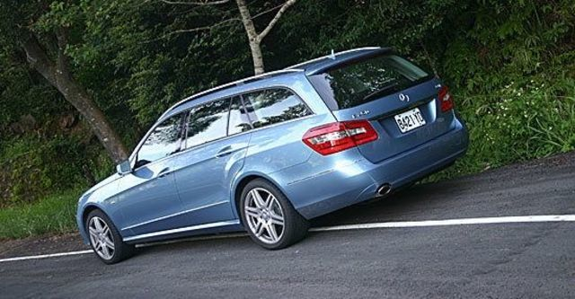 2013 M-Benz E-Class Estate E250 BlueEFFICIENCY  第3張相片