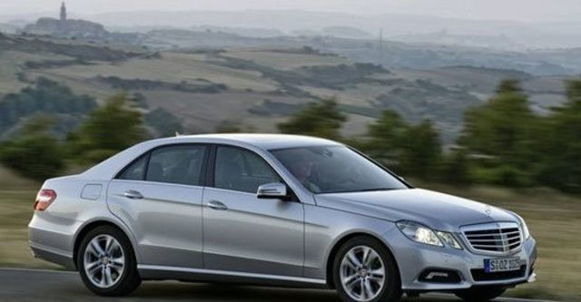 2013 M-Benz E-Class Sedan E220 CDI BlueEFFICIENCY Avantgarde  第1張相片