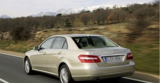 2013 M-Benz E-Class Sedan E220 CDI BlueEFFICIENCY Avantgarde  第7張相片