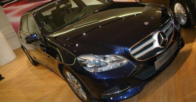 2013 M-Benz E-Class Sedan(NEW) E220 CDI Avantgarde  第2張相片