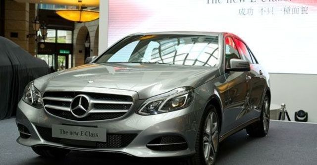 2013 M-Benz E-Class Sedan(NEW) E300 BlueTEC Hybrid Avantgarde  第2張相片