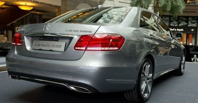 2013 M-Benz E-Class Sedan(NEW) E300 BlueTEC Hybrid Avantgarde  第3張相片