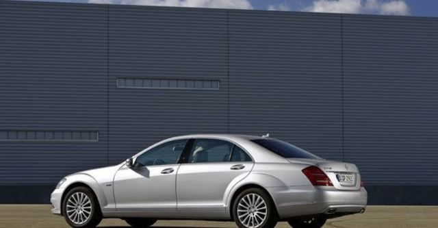 2013 M-Benz S-Class S350 L BlueEFFICIENCY  第3張相片